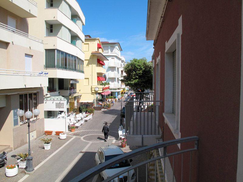 Appartamenti gabicce mare appartamenti glicine gabicce for Appartamenti gabicce mare